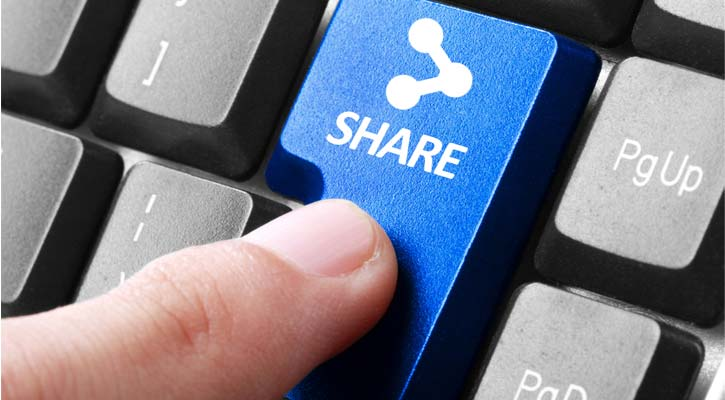 Why Social Share Buttons Need To Be Labeled For Traffic Increase?